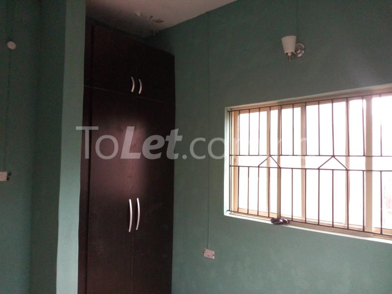 3 bedroom Flat / Apartment for rent - Shomolu Lagos - 3