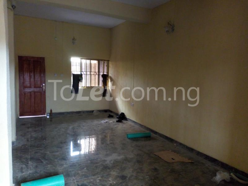 3 bedroom Flat / Apartment for rent - Shomolu Lagos - 1