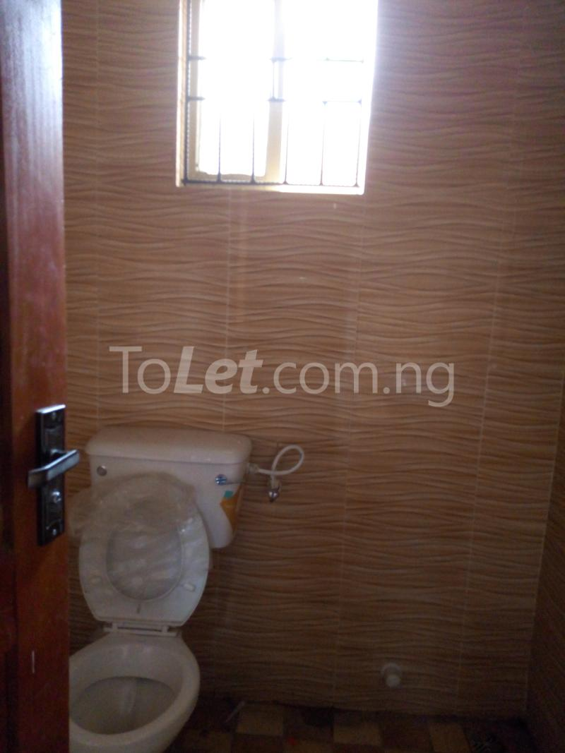3 bedroom Flat / Apartment for rent - Shomolu Lagos - 10