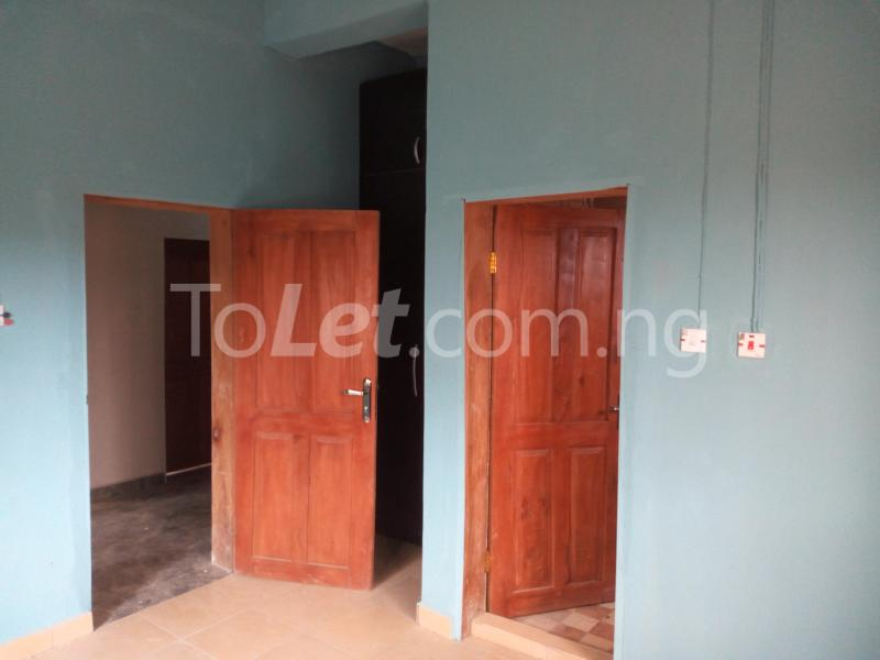 3 bedroom Flat / Apartment for rent - Shomolu Lagos - 5