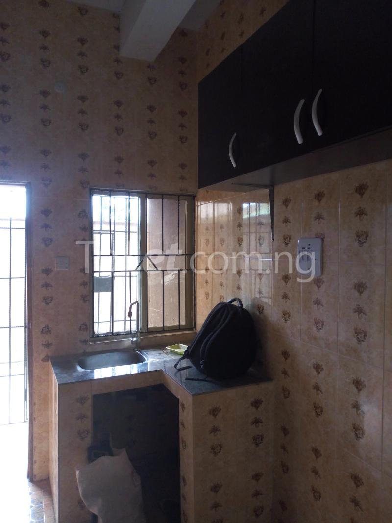 3 bedroom Flat / Apartment for rent - Shomolu Lagos - 8