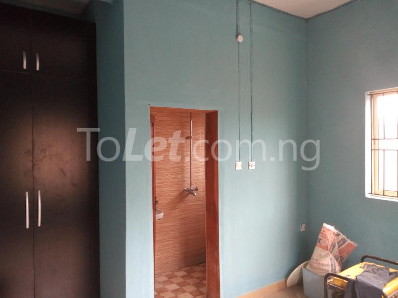 3 bedroom Flat / Apartment for rent - Shomolu Lagos - 6