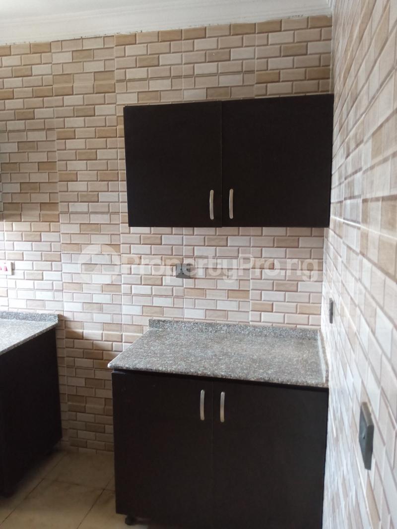 3 bedroom Blocks of Flats House for rent Malami Oluyole Estate Ibadan Oyo - 5