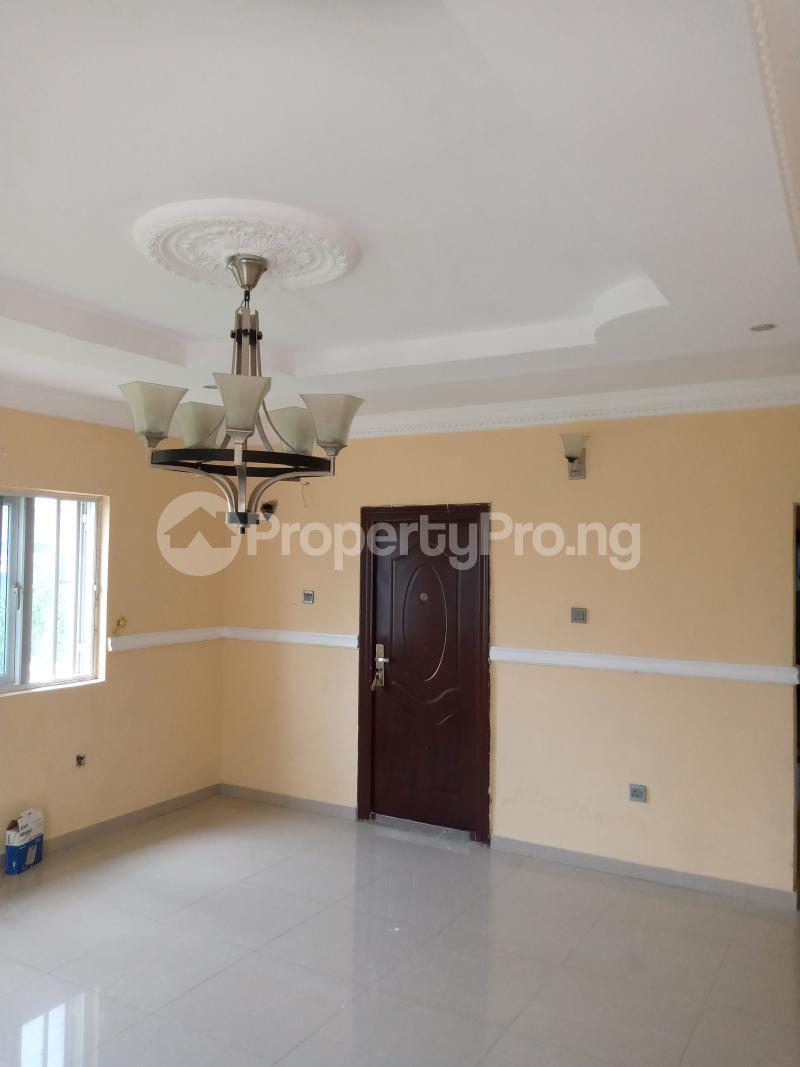 3 bedroom Blocks of Flats House for rent Malami Oluyole Estate Ibadan Oyo - 3