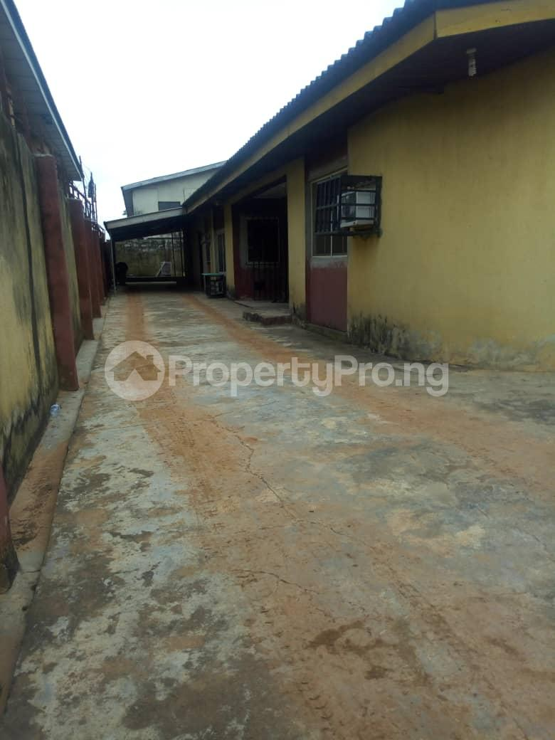 4 bedroom Detached Bungalow House for sale Adenuga   Ejigbo Ejigbo Lagos - 5