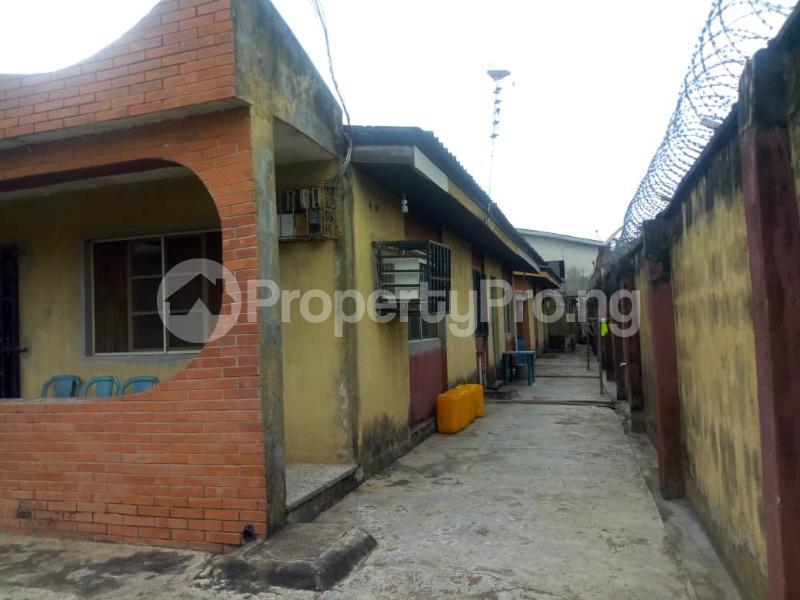 4 bedroom Detached Bungalow House for sale Adenuga   Ejigbo Ejigbo Lagos - 2