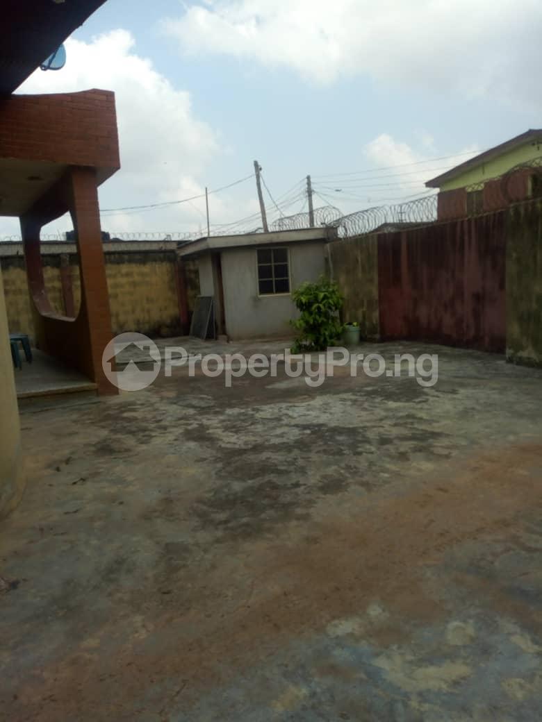 4 bedroom Detached Bungalow House for sale Adenuga   Ejigbo Ejigbo Lagos - 7