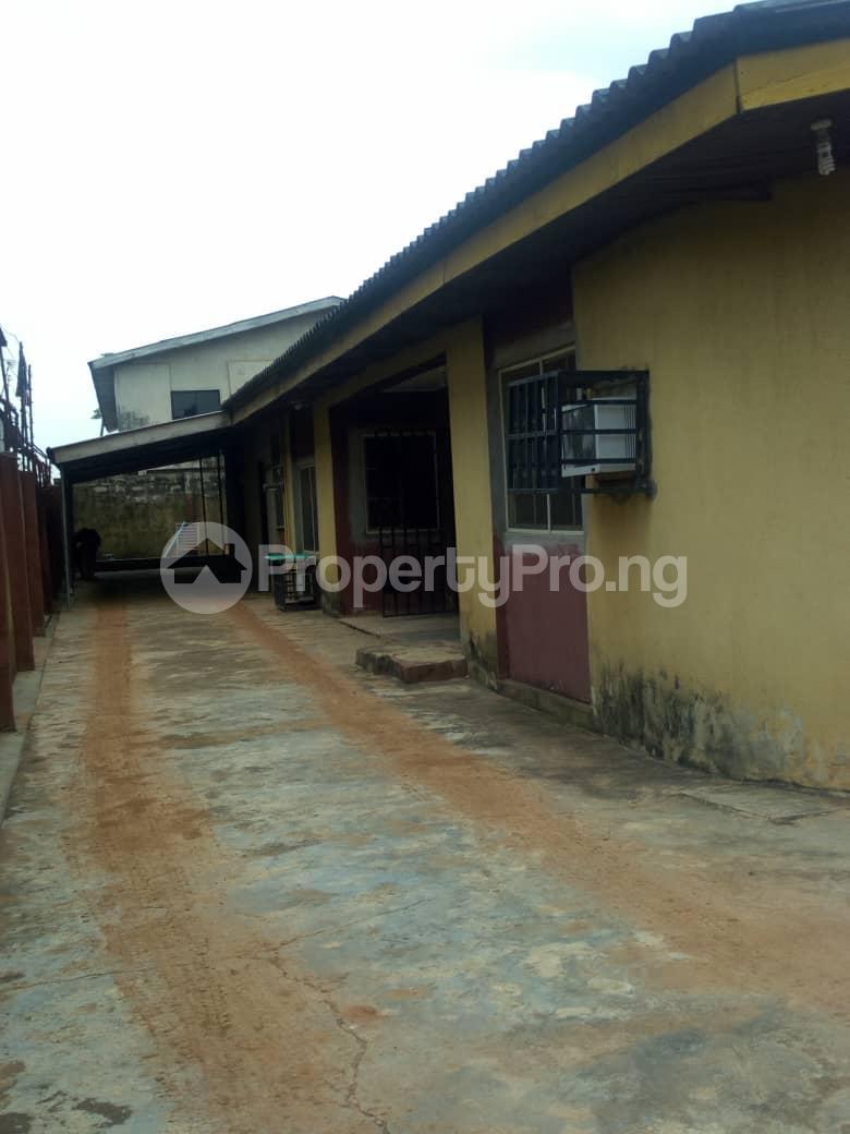 4 bedroom Detached Bungalow House for sale Adenuga   Ejigbo Ejigbo Lagos - 1