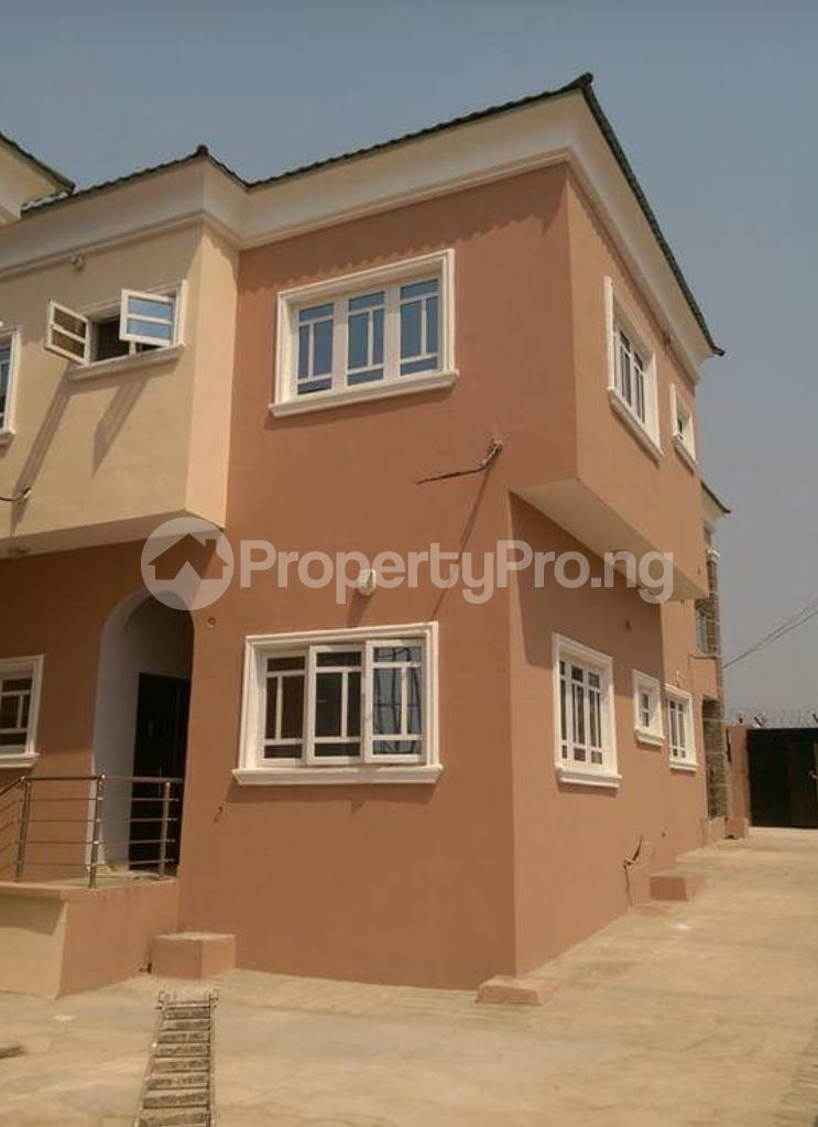 4 bedroom Semi Detached Bungalow House for rent Kolapo ishola gra  Akobo Ibadan Oyo - 0