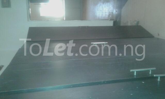1 bedroom mini flat  Flat / Apartment for rent 221road Gwarinpa Abuja - 3