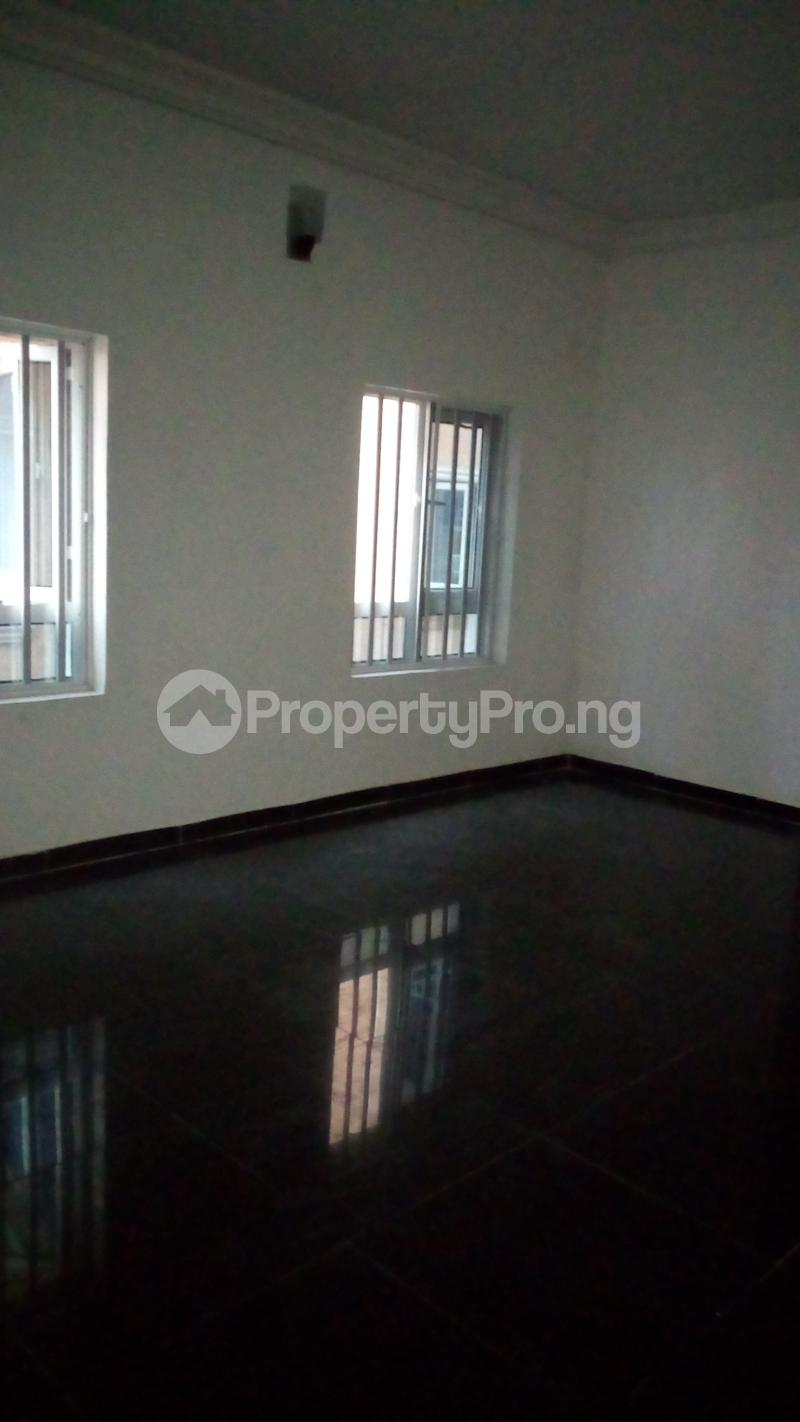 2 bedroom Flat / Apartment for rent Onireke off Mobil Road Ilaje Ajah Lagos - 10