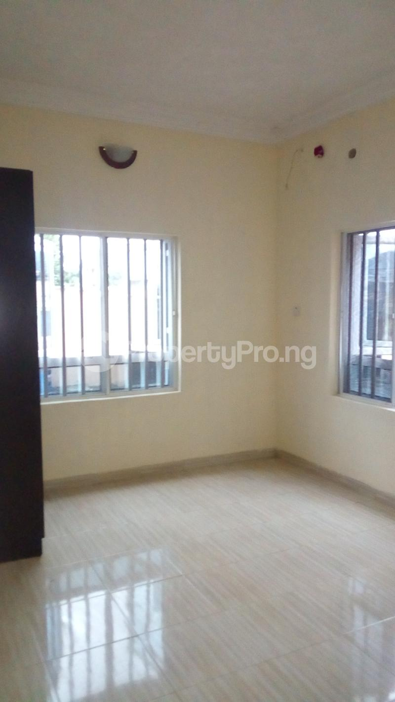 2 bedroom Flat / Apartment for rent Onireke off Mobil Road Ilaje Ajah Lagos - 9