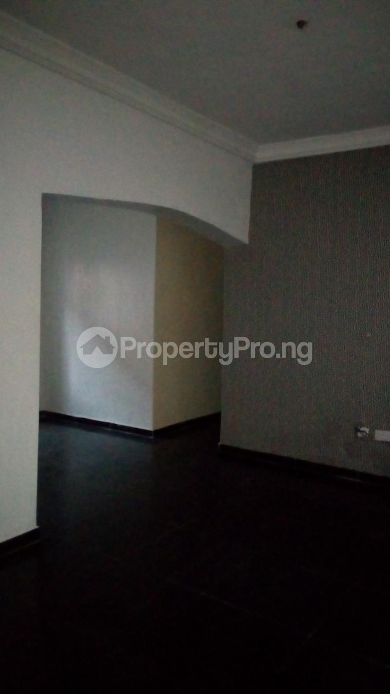 2 bedroom Flat / Apartment for rent Onireke off Mobil Road Ilaje Ajah Lagos - 13