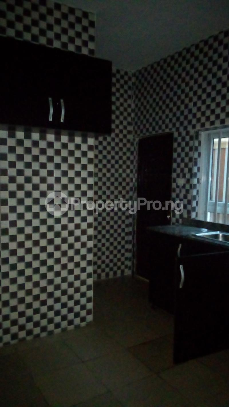 2 bedroom Flat / Apartment for rent Onireke off Mobil Road Ilaje Ajah Lagos - 14