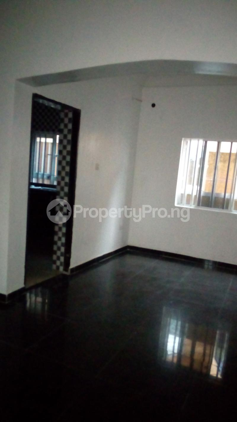 2 bedroom Flat / Apartment for rent Onireke off Mobil Road Ilaje Ajah Lagos - 2