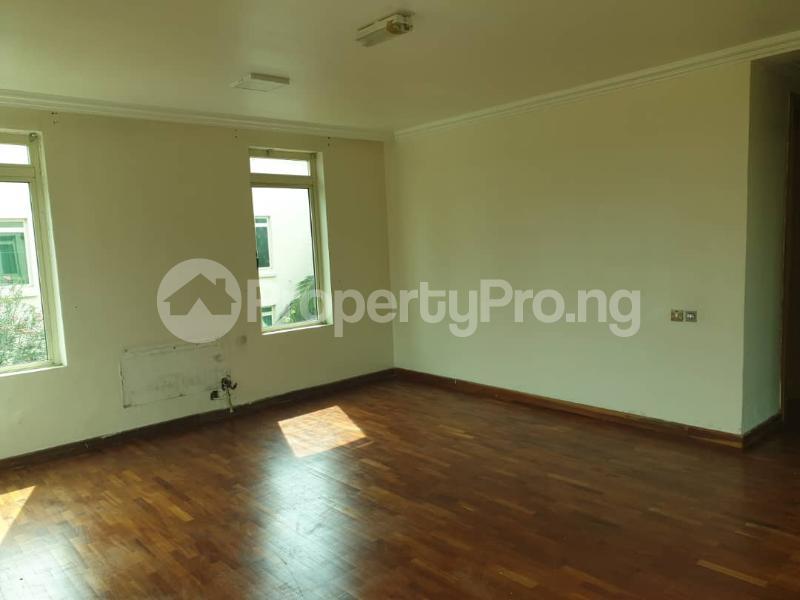2 bedroom Flat / Apartment for rent - ONIRU Victoria Island Lagos - 12