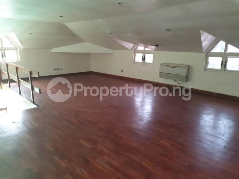 2 bedroom Flat / Apartment for rent - ONIRU Victoria Island Lagos - 17