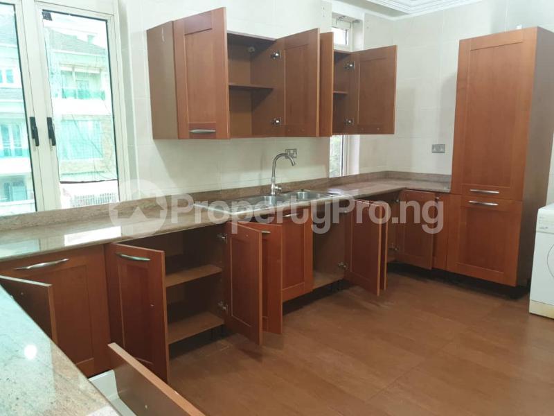2 bedroom Flat / Apartment for rent - ONIRU Victoria Island Lagos - 18