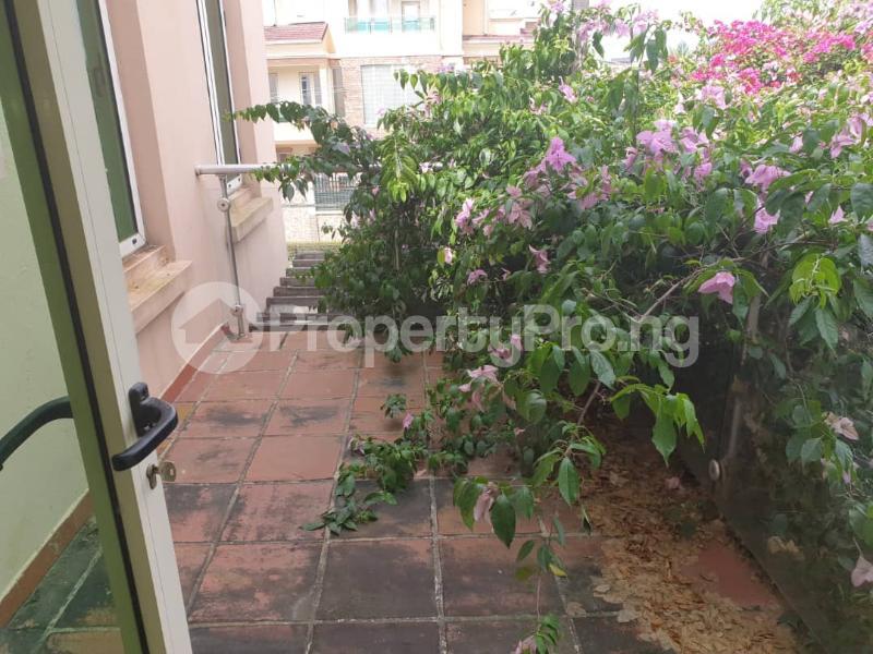 2 bedroom Flat / Apartment for rent - ONIRU Victoria Island Lagos - 16