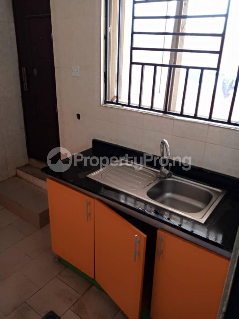 3 bedroom Blocks of Flats House for sale Kuola  Akala Express Ibadan Oyo - 9