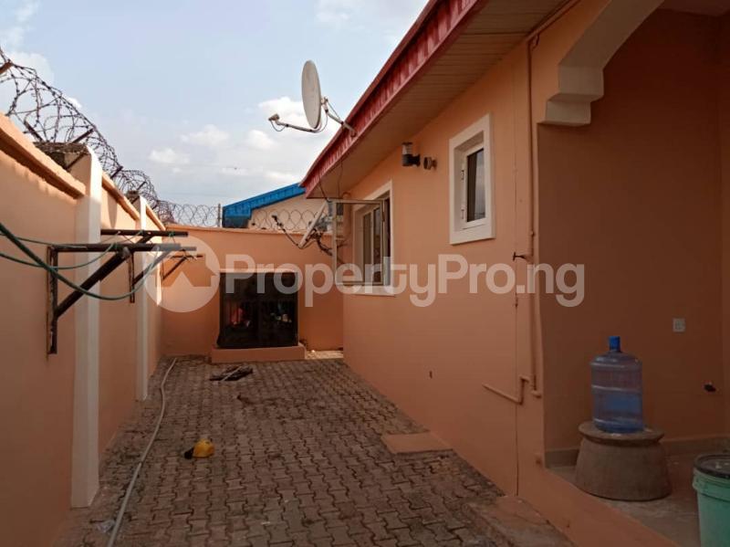 3 bedroom Blocks of Flats House for sale Kuola  Akala Express Ibadan Oyo - 6