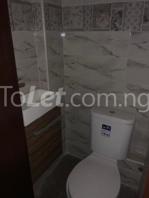 3 bedroom Flat / Apartment for sale Alagomeji Axis Alagomeji Yaba Lagos - 1