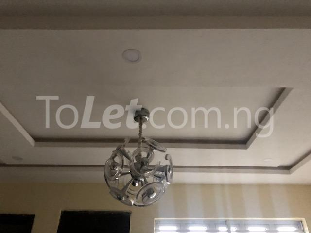 3 bedroom Flat / Apartment for sale Alagomeji Axis Alagomeji Yaba Lagos - 4