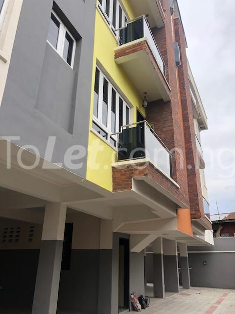3 bedroom Flat / Apartment for sale Alagomeji Axis Alagomeji Yaba Lagos - 12