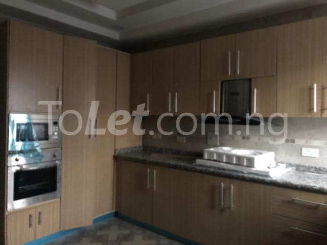 3 bedroom Flat / Apartment for sale Alagomeji Axis Alagomeji Yaba Lagos - 2