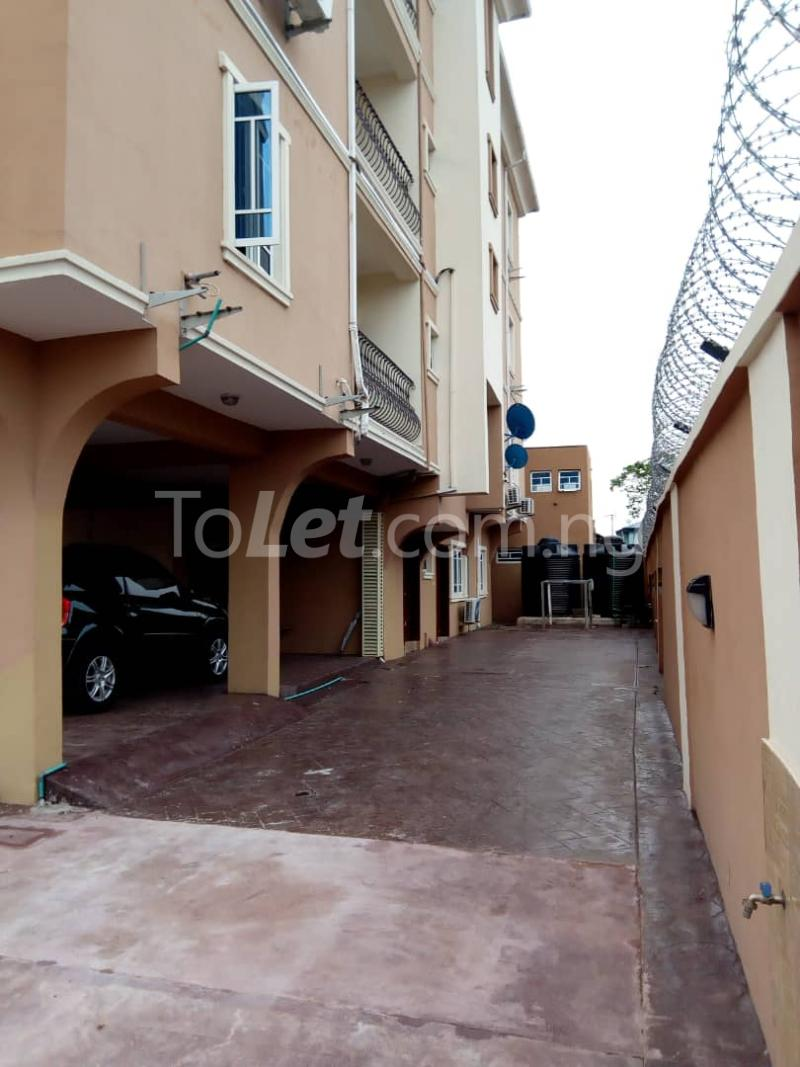 3 bedroom Flat / Apartment for rent Alagomeji Axis Alagomeji Yaba Lagos - 6