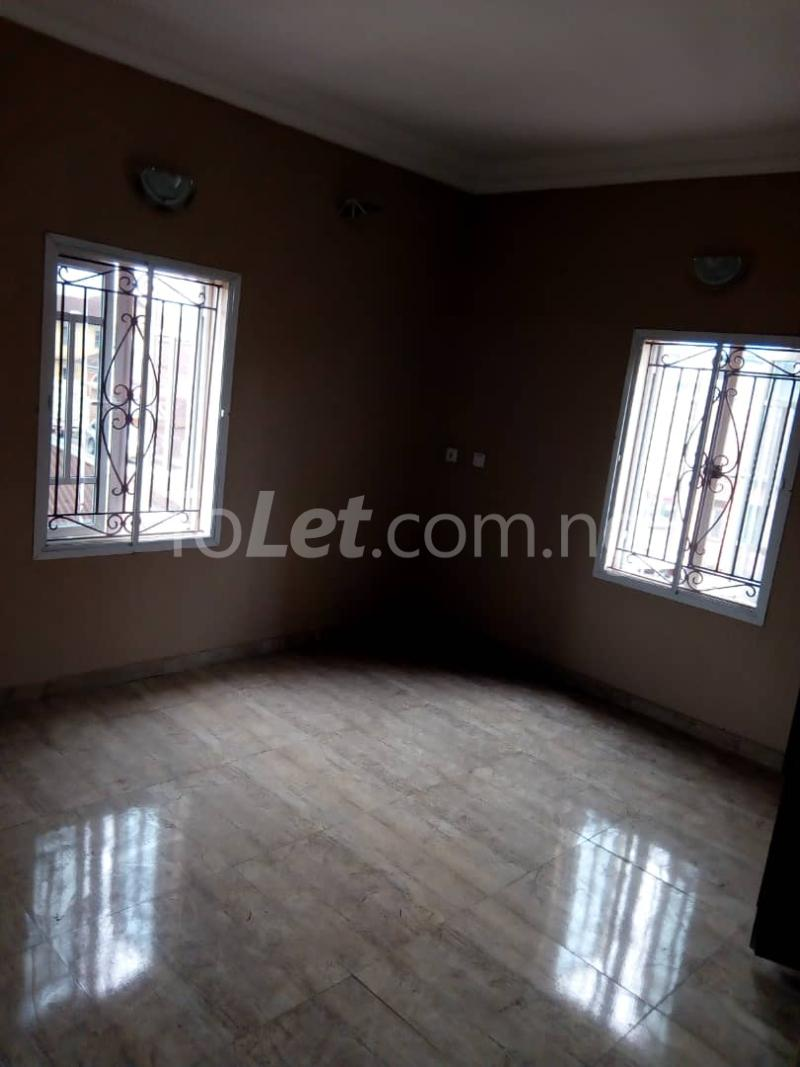 3 bedroom Flat / Apartment for rent Alagomeji Axis Alagomeji Yaba Lagos - 9