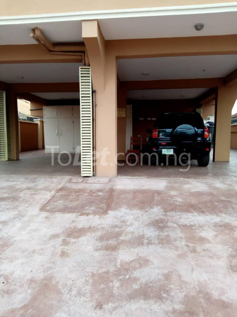 3 bedroom Flat / Apartment for rent Alagomeji Axis Alagomeji Yaba Lagos - 7
