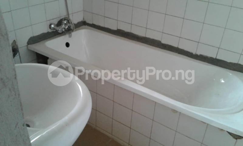 3 bedroom Flat / Apartment for rent olawaye  estate Omole phase 2 Ojodu Lagos - 1