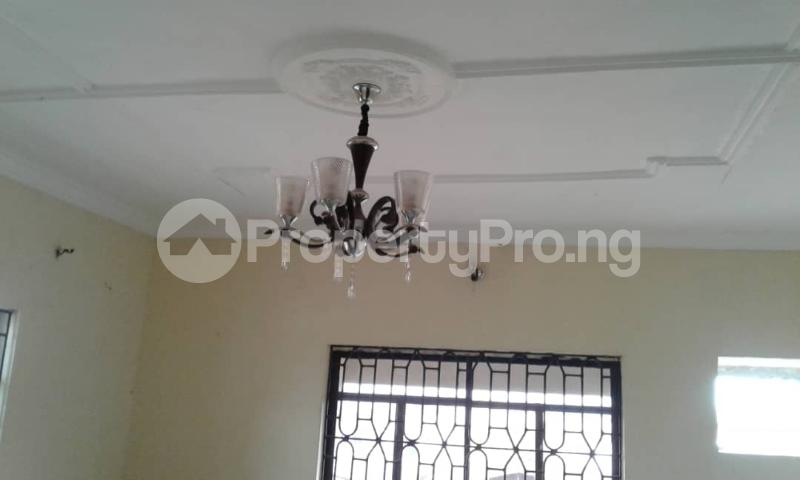 3 bedroom Flat / Apartment for rent olawaye  estate Omole phase 2 Ojodu Lagos - 13