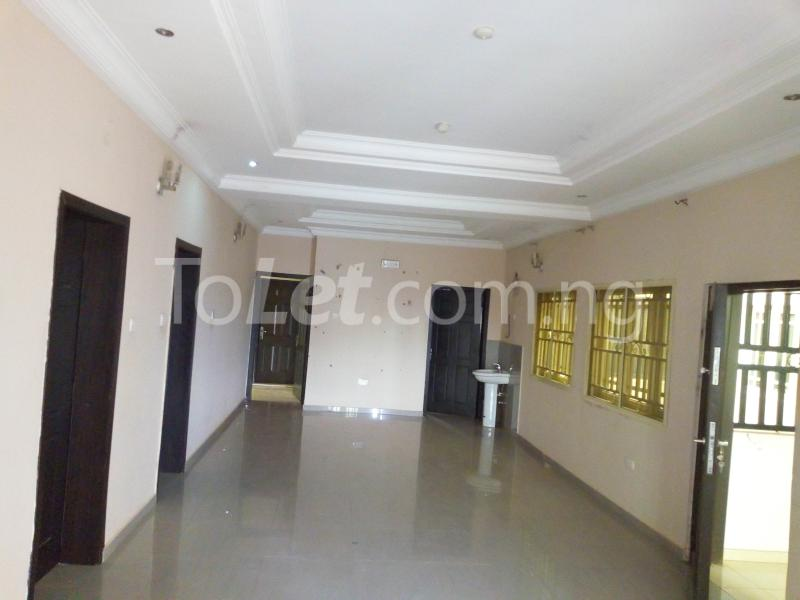 3 bedroom Flat / Apartment for rent Located at the back of American international school Durumi Abuja - 2