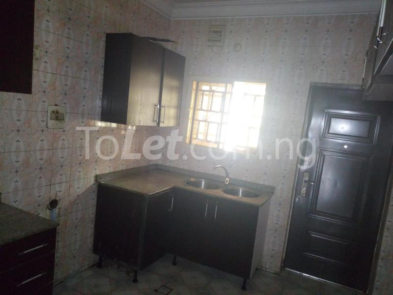 3 bedroom Flat / Apartment for rent Located at the back of American international school Durumi Abuja - 7