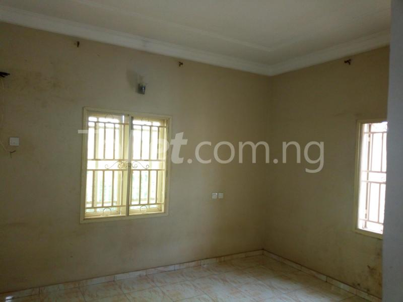 3 bedroom Flat / Apartment for rent Located at the back of American international school Durumi Abuja - 4