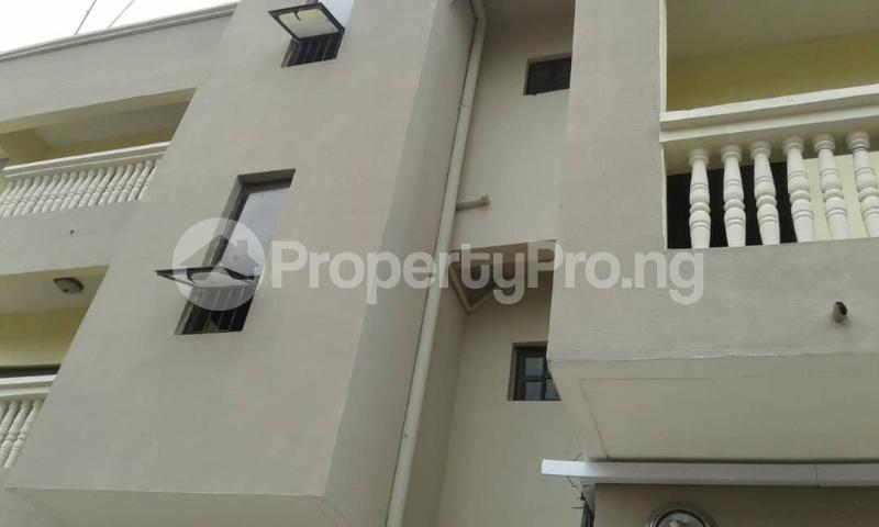 3 bedroom Flat / Apartment for rent olawaye  estate Omole phase 2 Ojodu Lagos - 11