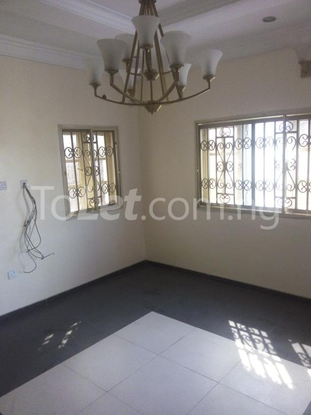 3 bedroom Flat / Apartment for rent - Eliozu Port Harcourt Rivers - 2