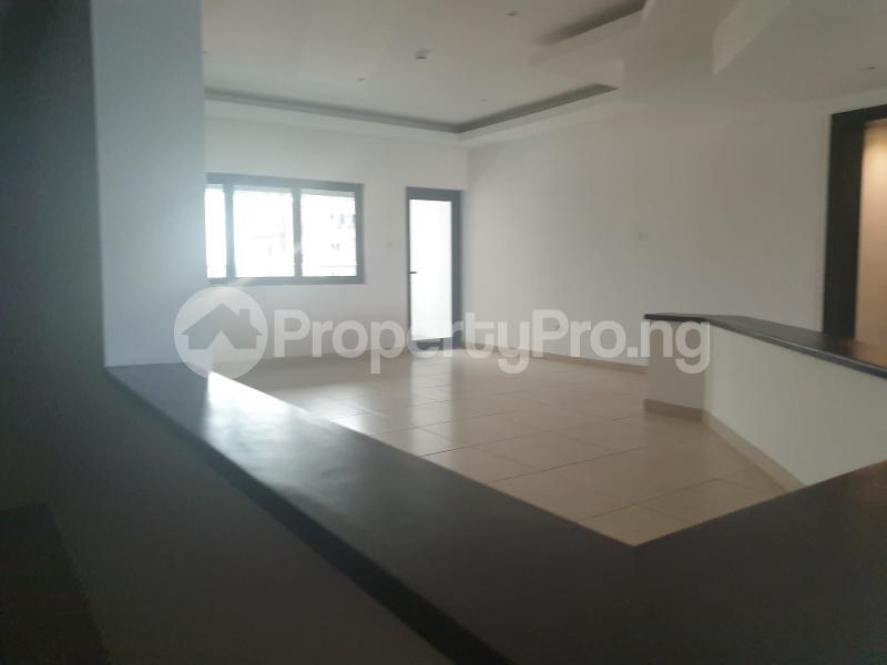 3 bedroom Flat / Apartment for rent lateef Jakande Avenue Old Ikoyi Ikoyi Lagos - 2