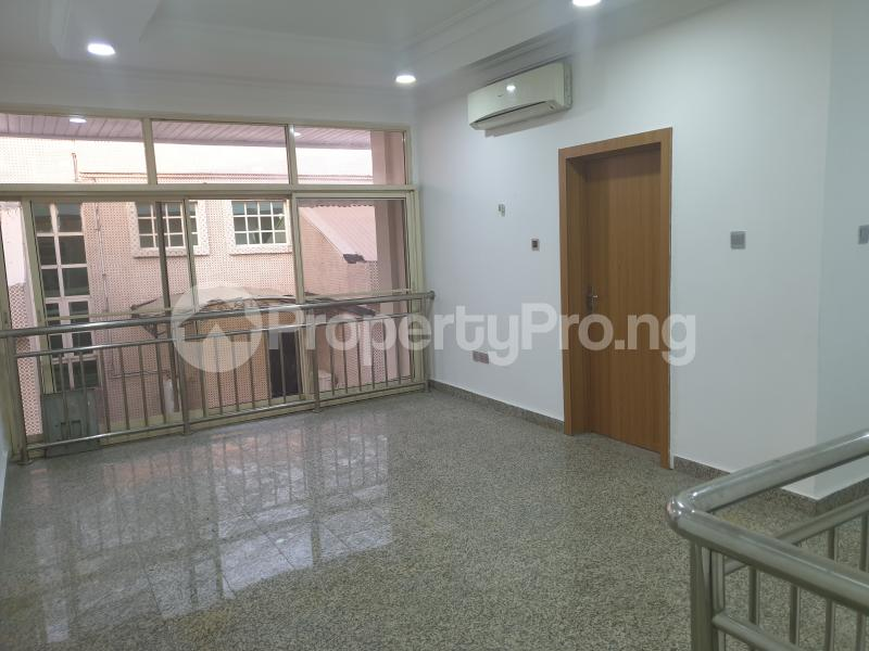 3 bedroom Flat / Apartment for rent Ladipo Latinwo Crescent Lekki Phase 1 Lekki Lagos - 27