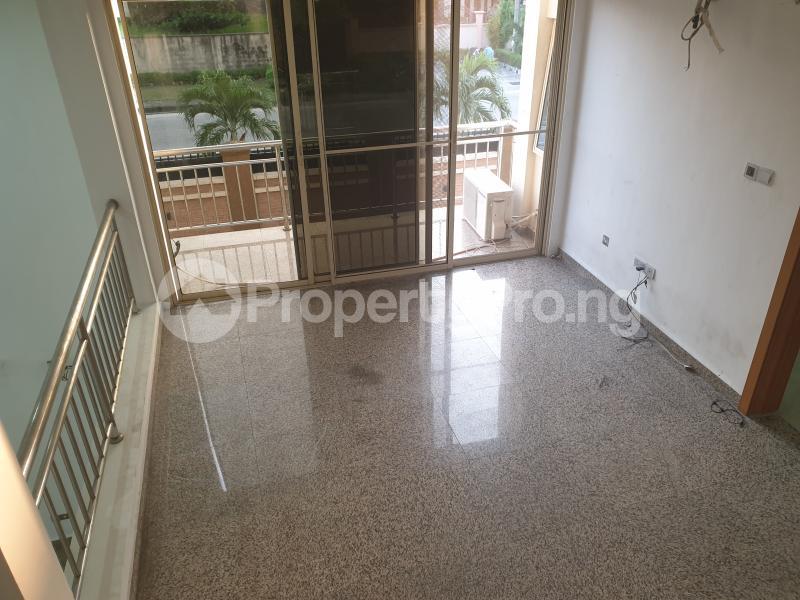 3 bedroom Flat / Apartment for rent Ladipo Latinwo Crescent Lekki Phase 1 Lekki Lagos - 19