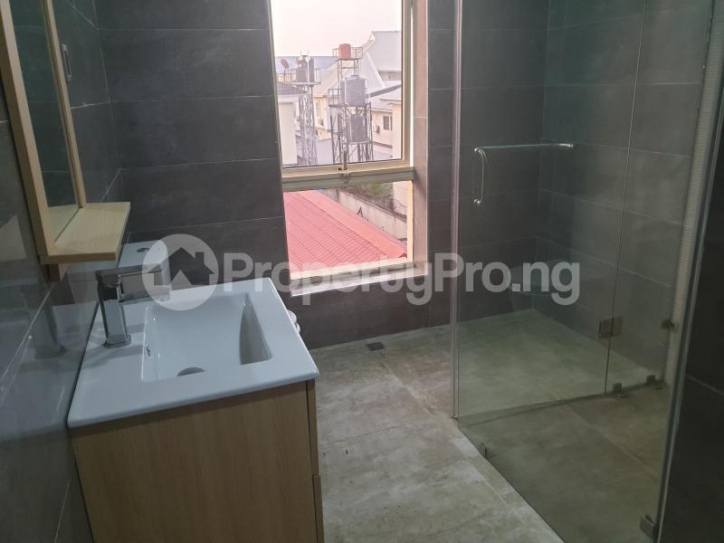 3 bedroom Flat / Apartment for rent Ladipo Latinwo Crescent Lekki Phase 1 Lekki Lagos - 28