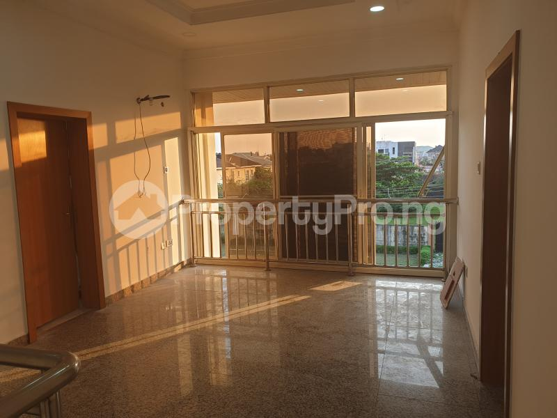 3 bedroom Flat / Apartment for rent Ladipo Latinwo Crescent Lekki Phase 1 Lekki Lagos - 16