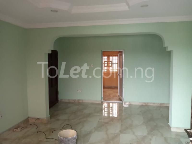 3 bedroom Flat / Apartment for rent Off Pedro Road Ladi-Lak  Bariga Shomolu Lagos - 1