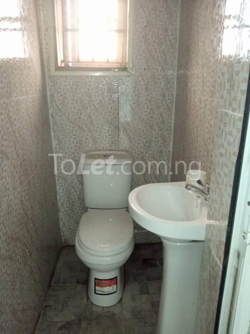 3 bedroom Flat / Apartment for rent Off Pedro Road Ladi-Lak  Bariga Shomolu Lagos - 7