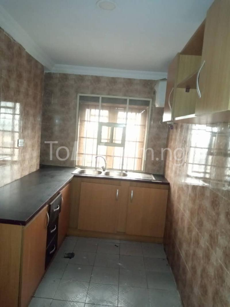 3 bedroom Flat / Apartment for rent Off Pedro Road Ladi-Lak  Bariga Shomolu Lagos - 4