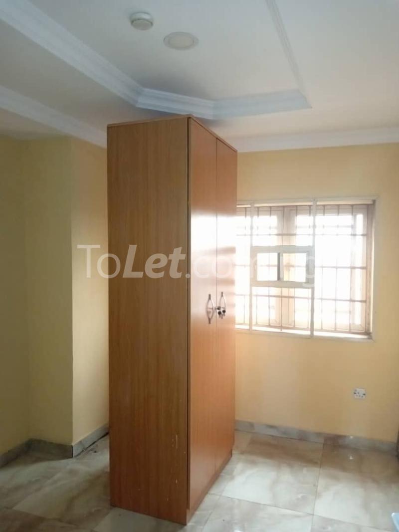 3 bedroom Flat / Apartment for rent Off Pedro Road Ladi-Lak  Bariga Shomolu Lagos - 5