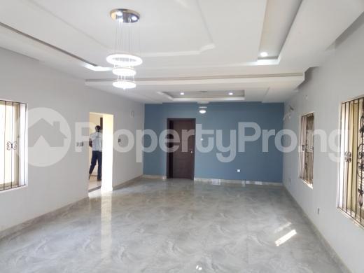 4 bedroom Duplex for rent Along Turkish hospital Idu Abuja - 7