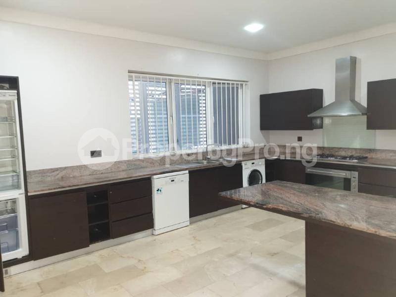 4 bedroom Flat / Apartment for rent Banana Island Ikoyi Lagos - 9